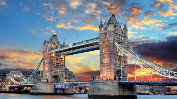 tower-bridge-1237288_960_720.jpg