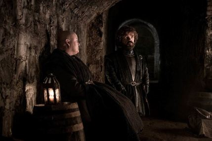 game-of-thrones-8x03-varys-e-tyrion-nelle-cripte-di-grande-inverno-maxw-1280.jpg